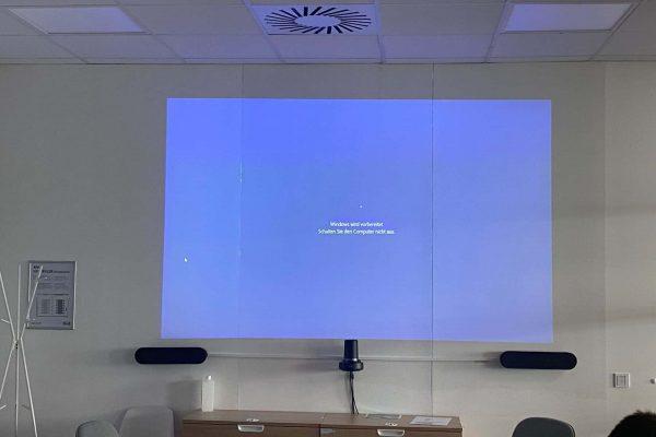 Videokonferenz-scaled-1