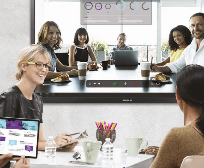 Huddle Room mit Samsung Touchbildschirm interaktive